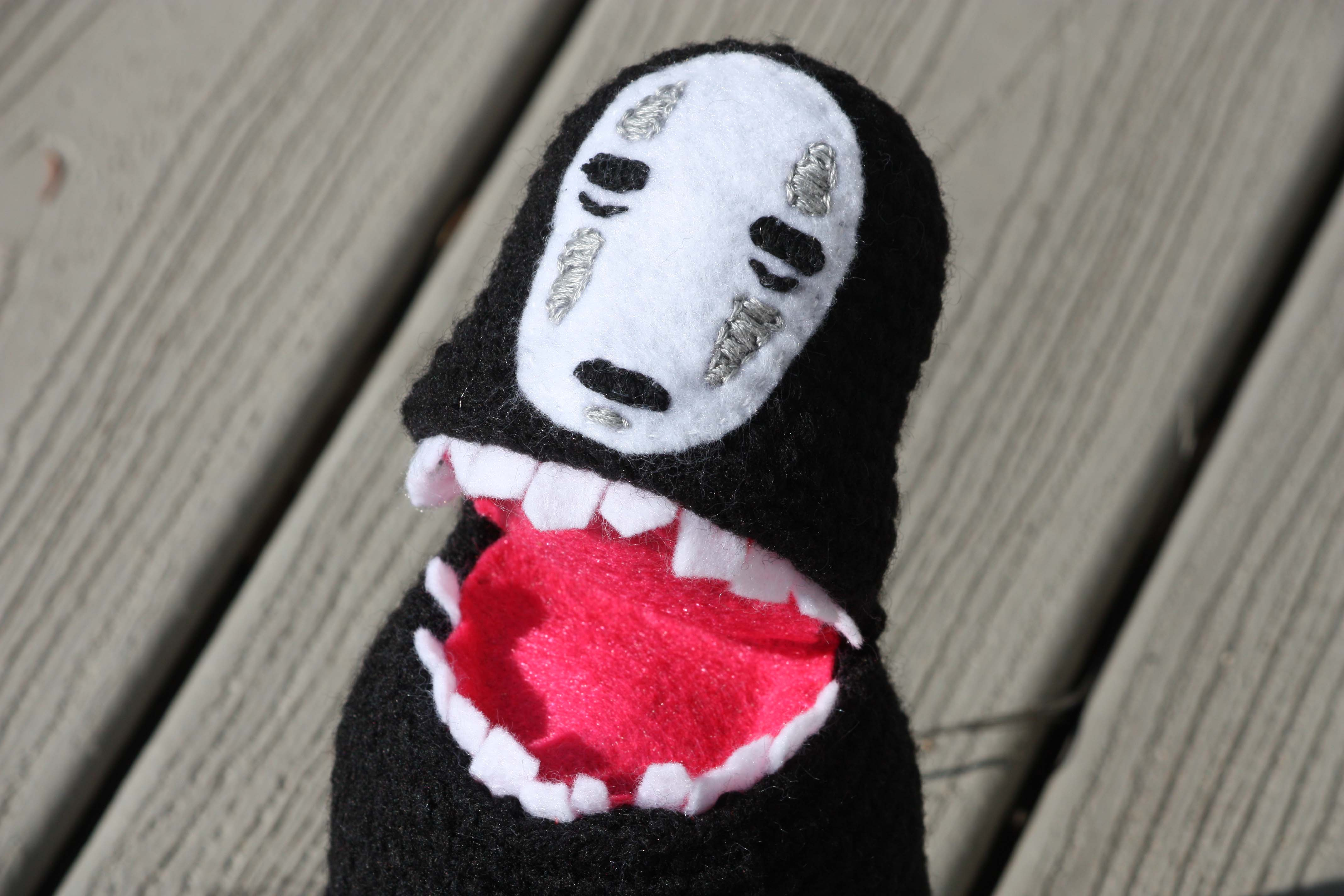 Embroidering Amigurumi Faces : Amigurumi no face kaonashi from spirited away u2013 diy geekery