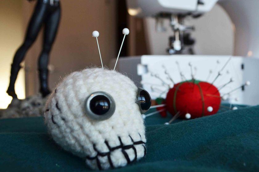 Skull pincushion 3