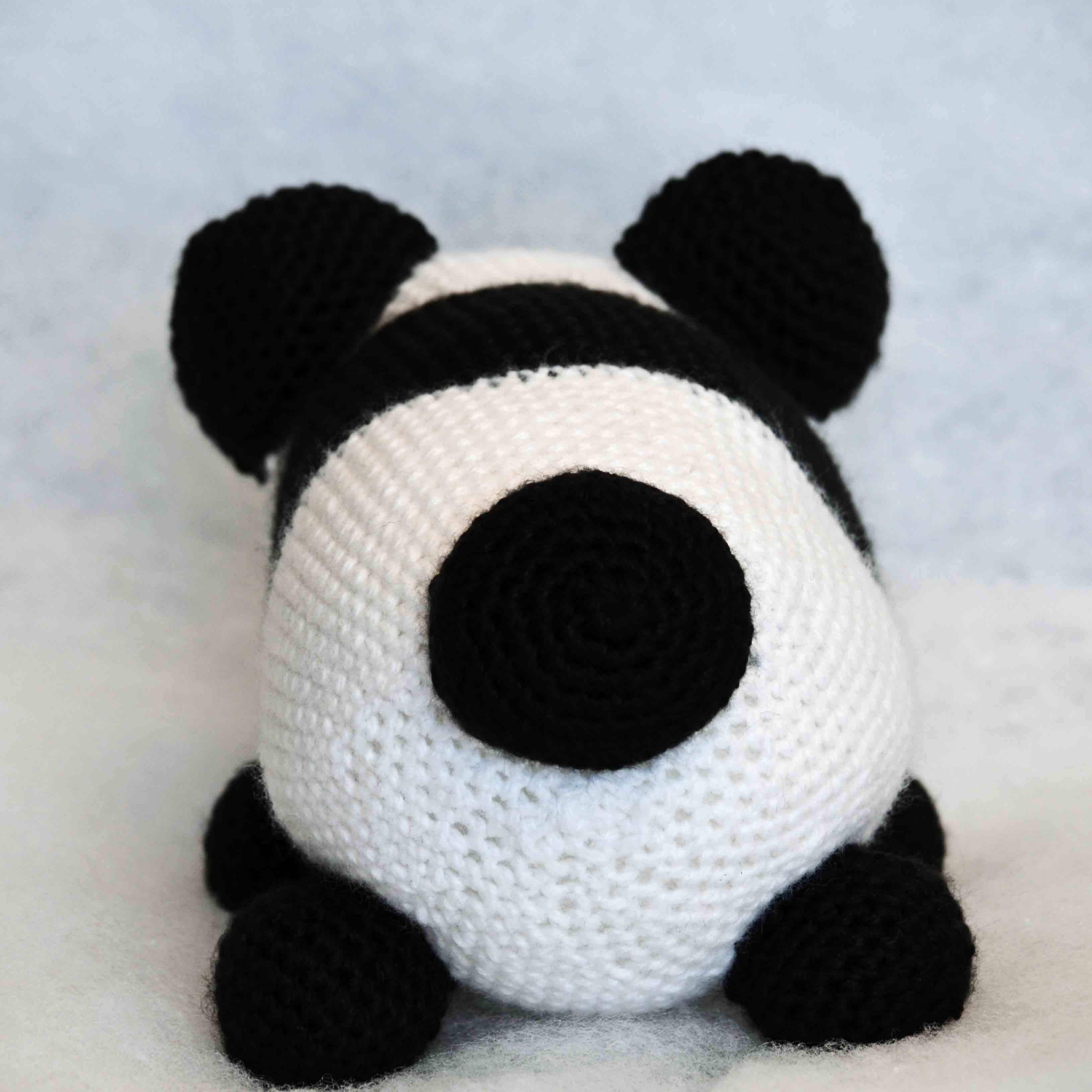 Free Pattern: Chen the Panda Bear with Furls Crochet – Storyland Amis | 3261x3261