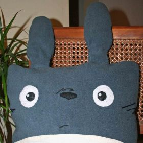 Totoro pillow square