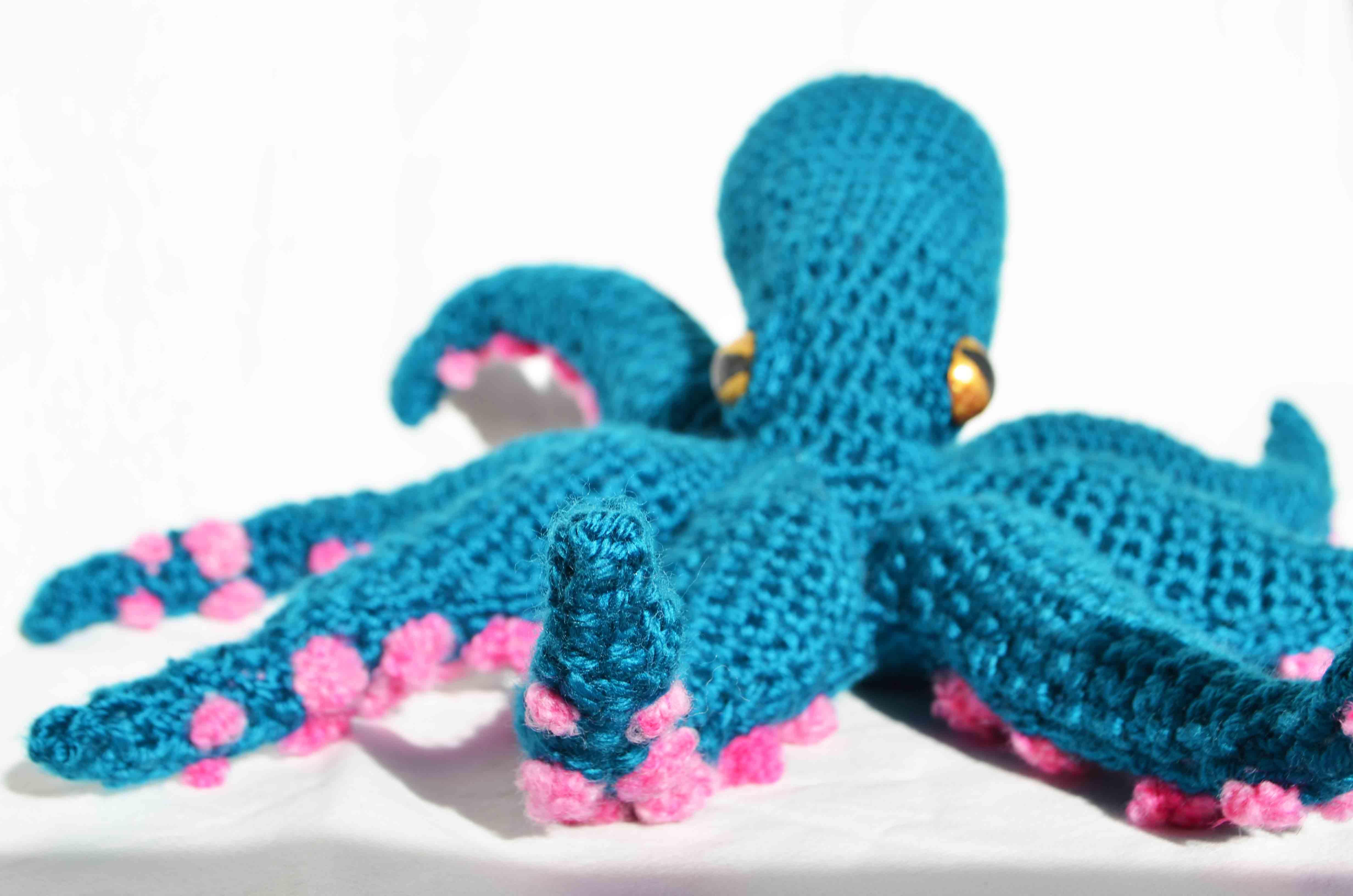 Amigurumi Octopus Tutorial : Octopus Amigurumi DIY Geekery